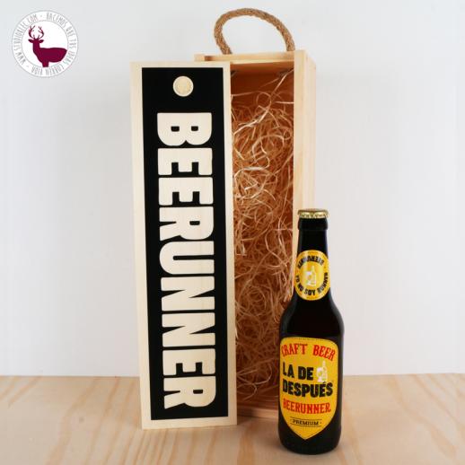 Caja madera decorativa y cerveza runner