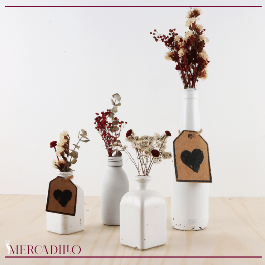 Conjunto botellas cristal pintadas y flores secas